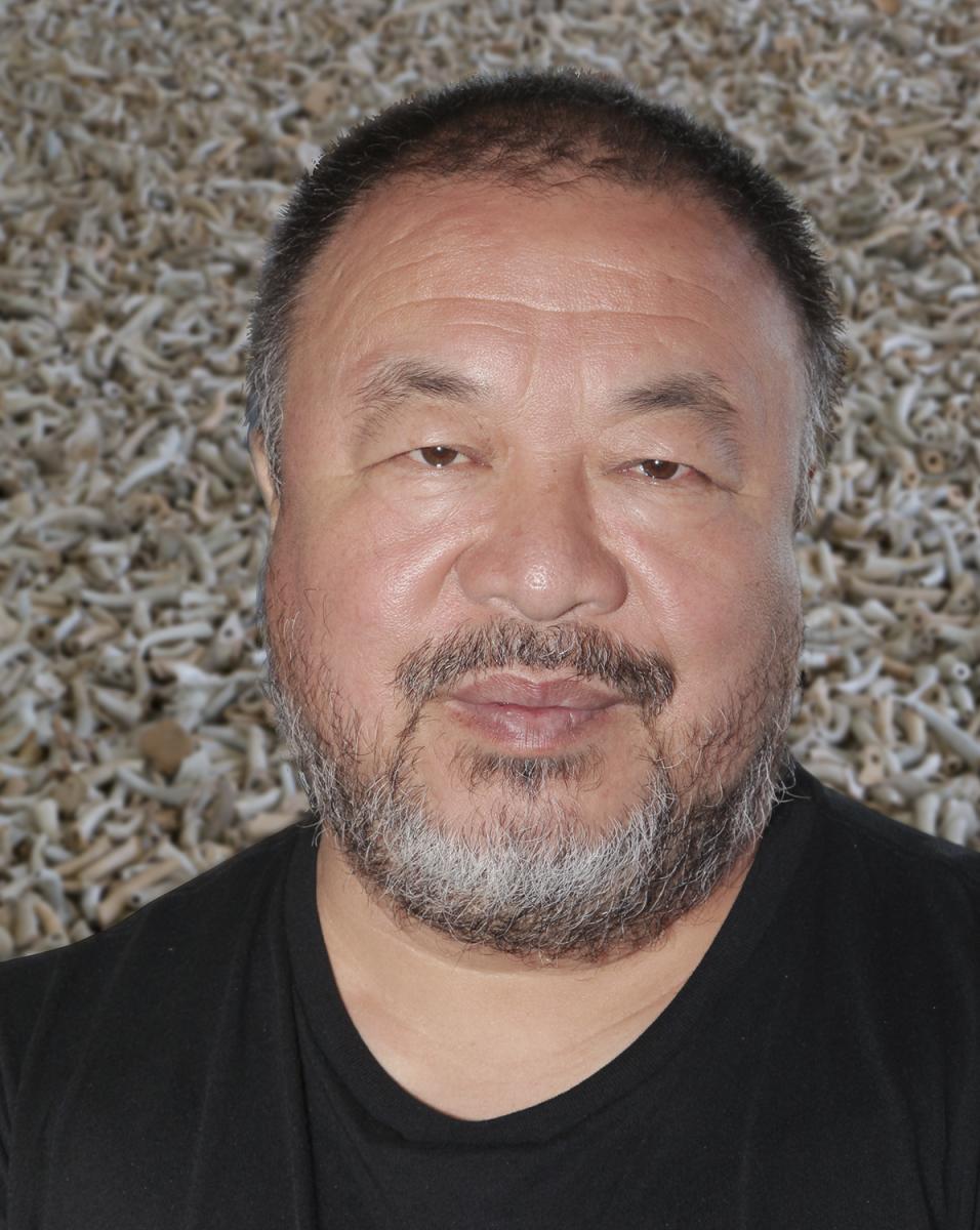 Ai Weiwei, *1957